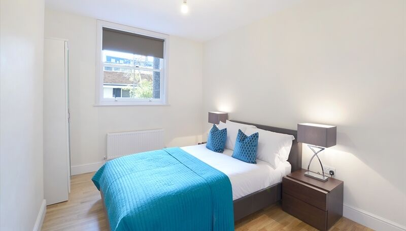 3 bedroom flat modern spacious with new furniture available now!!!