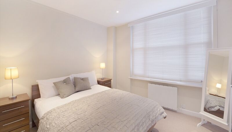 Fully furnished one bed flat Available in Hyde Park