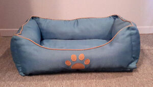 Cushioned Pet Bed