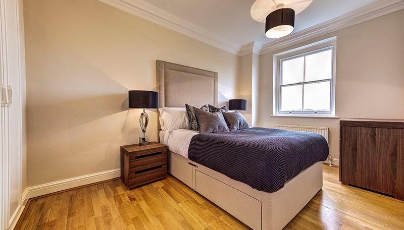 Lovely Spacious furnished 2 bed flat in Kensington & Chelsea