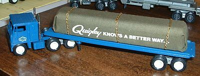 Quigley Knows a Better Way Flatbed gold chain '81 Winross