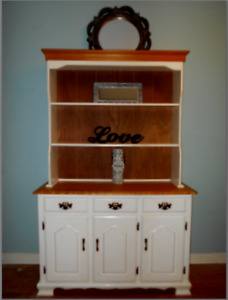 Lovely French Country Style Two-Piece Hutch