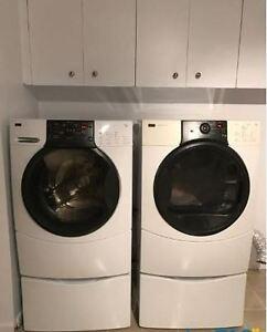 Kenmore Elite washer and dryer kit / Ensemble laveuse et sécheus