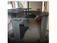 Ingenious Foldaway Desk