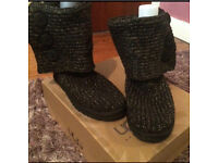 Black and Gold Classic Knit Cardy Ugg Boot