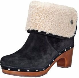 Uggs clogs boots RRP 180 size 4