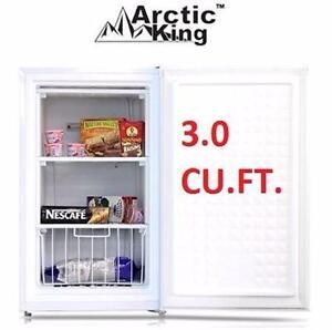 NEW* ARCTIC KING UPRIGHT FREEZER 3.0 CU. FT. - WHITE - FREEZER HOME KITCHEN APPLIANCE FRIDGE   87918019