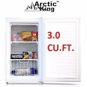 NEW* ARCTIC KING UPRIGHT FREEZER 3.0 CU. FT. - WHITE - FREEZER HOME KITCHEN APPLIANCE FRIDGE   87918019