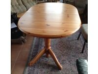 Dining Table, twin pedestal, extending, very good condition £60 or nearest offer