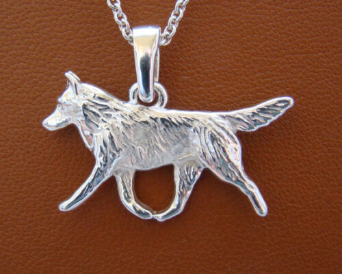 Medium Sterling Silver Siberian Husky Moving Study Pendant