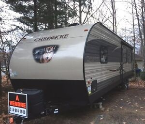 27ft Camper Roulotte Forest River Cherokee