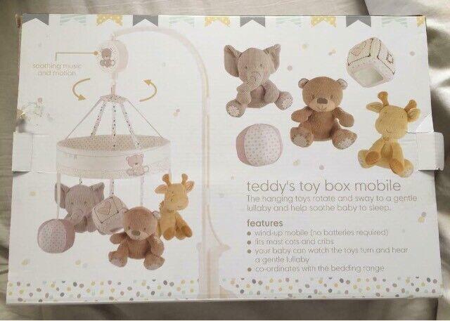 Teddy toy box mobile | in Felixstowe