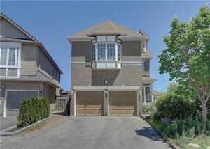 Wonderful 5+2 Bed House In Prime Location At Champagne Crt