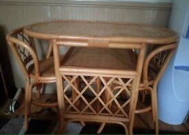 2 Chairs&Table