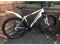Cannondale Trial 6 2015 29er Mountain Bike. L.Frame.