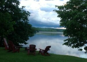 Peace and Tranquility on Lovely Lyndhurst Lake