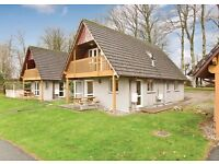 4 BEDROOM HOLIDAY LODGE NEAR BODMIN CORNWALL. FULLY FURNISHED. INVESTMENT OPPORTUNITY. 6% R.O.I.