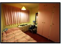 Singe Room to Rent 5 mins from South Ealing Station