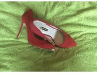 Red and Gold DP Court shoes. Size 5 uk