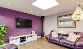 4 bedroom house in Bryanstone Close, Guildford