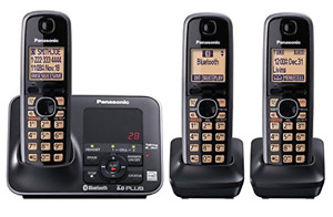 PANASONIC DECT 6.0 BLUETOOTH 3-HANDSET PHONE - $60