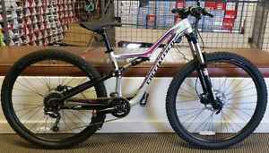 Specialized Rumour 650b 2016 Gloss Silver/Black/Pink, Small