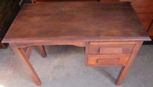 Vintage solid oak desk 4 sale