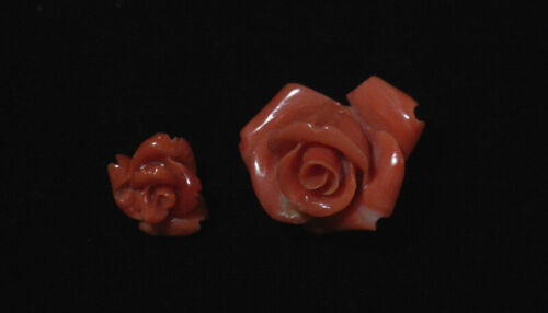 Beauty Hand CARVING CAMEO ~(coral) ~17mm*10mm.9.8mm*8mm. Rose.*(ec1740).