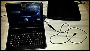 "Android Tablet 9"" with Keyboard, Case and Adaptors"