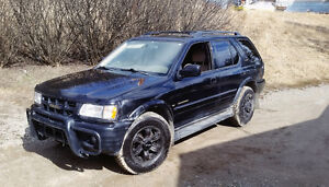 Trade or sell 2000 Isuzu Rodeo LSE 4x4 for sale!