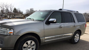 2008 Lincoln Navigator ULTIMATE EDITION, 7 PASS, LOADED, 155K
