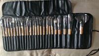 24 Pieces Makeup Brushes Kit with Leather Case