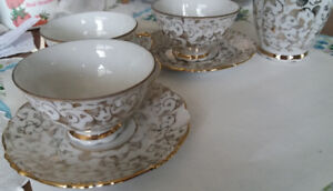 Porzellan Bavaria Coffee/Tea set for 8 + Richard Ginori Creamer