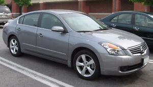 2007 Nissan Altima 2.5 SL tech PKG Sedan REDUCED was 7,999!!
