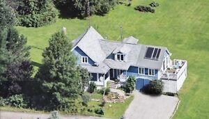 Vraie maison ancestrale sur terrain de 2 acres