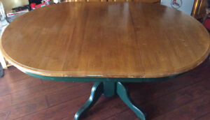 KITCHEN TABLE WITH LEAF