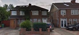 Stunning Large Double & Single Bed Rooms available for immediate move / Greenford-£400 & £600 /month