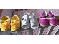 0-3 months X 3 pair of pram shoes, girls. NEW!
