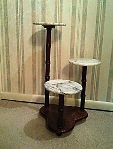 MARBLE PLANT OR ORNAMENT STAND