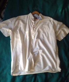 White/Cream Tommy Hilfiger short sleeve XL