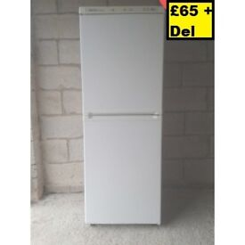 6 MONTH OLD BOSCH FRIDGE FREEZER FOR SALE - CAN DELIVER