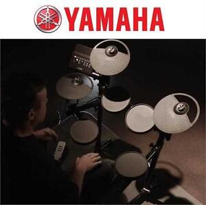 "NEW* YAMAHA ELECTRONIC DRUM SET  DTX400K 10"" Drum Set with Drum Throne Vic Firth 5A Drumsticks Stereo Headphones"
