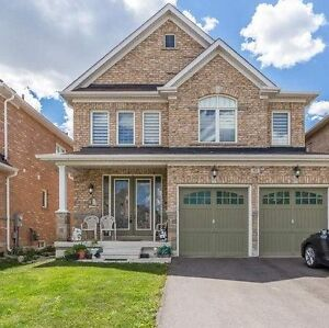 5 bedrooms house for rent in Castlemore and Clarkway (CAMPWOOD)