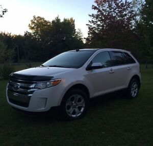 VUS ford Edge 2013