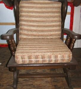 Chaises ber ante bois buy sell items tickets or tech for Chaise bercante