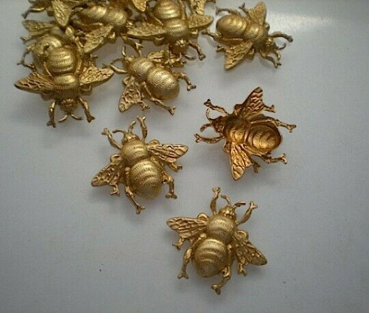 12 small brass bumblebee stampings
