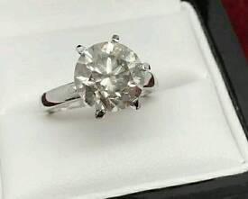 Amazing 4.76ct single stone Diamond ring set into 18k white gold £22500 value valentines day
