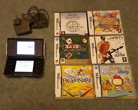 Nintendo ds lite + games