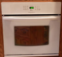 "30"" Frigidaire Self Cleaning Wall Oven"