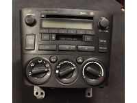 TOYOTA AVENSIS 2005 GENUINE STEREO CASSETTE AND CD PLAYER WITH HEATER MODULE